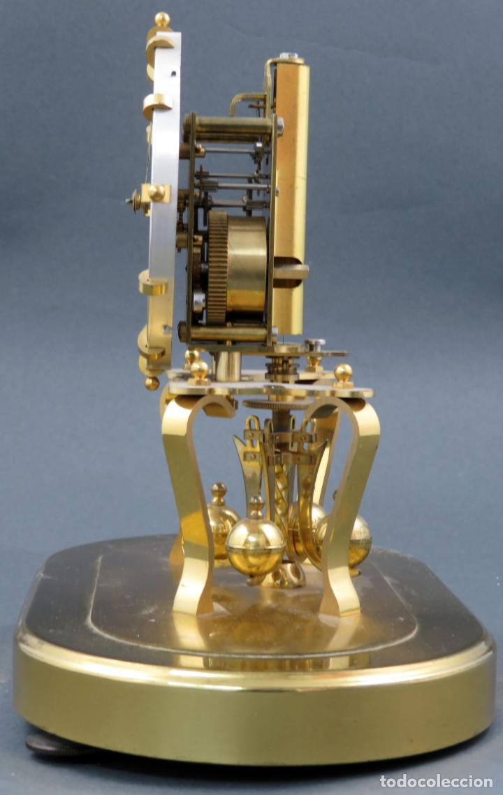 Relojes de carga manual: Reloj Kundo aleman Kieninger Obergfoll pendulo a torsión 400 dias años 50 funcionando - Foto 9 - 144091066