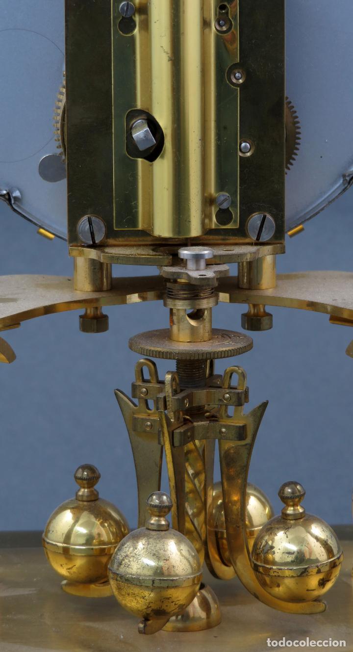Relojes de carga manual: Reloj Kundo aleman Kieninger Obergfoll pendulo a torsión 400 dias años 50 funcionando - Foto 11 - 144091066