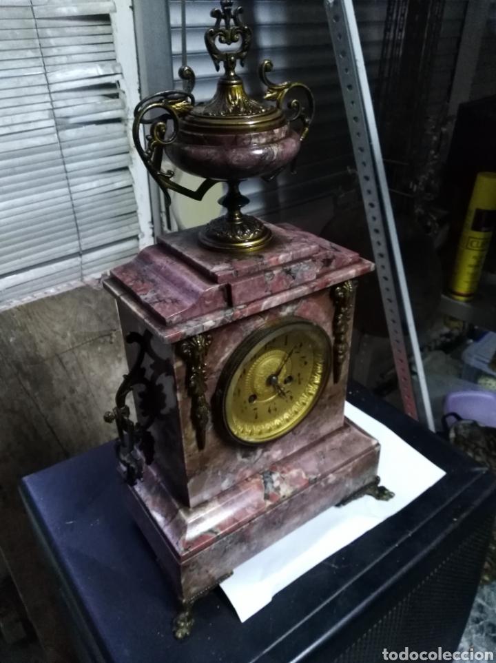 RELOJ DE SOBREMESA FUNCIONANDO Y EN BUEN ESTADO (Relojes - Sobremesa Carga Manual)