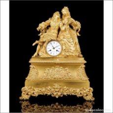 Relojes de carga manual: ANTIGUO RELOJ DE SOBREMESA EN BRONCE DORADO AL MERCURIO. FRANCIA, 1850. Lote 146412362