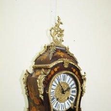 Relojes de carga manual: RELOJ ANTIGUO LUIS XV MARQUETERÍA Y BRONCE DORADO. Lote 147132126