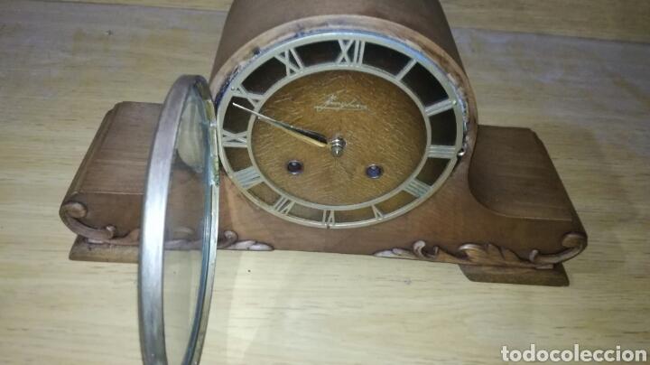 Relojes de carga manual: Reloj de sobremesa muy bonito funcionando - Foto 2 - 147272865