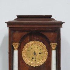 Relojes de carga manual: RELOJ DE SOBREMESA DE MADERA Y BRONCE DORADO AL MERCURIO. SIGLO XIX. Lote 147455746
