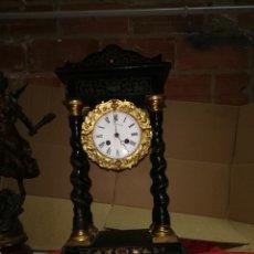 Relojes de carga manual: ANTIGUO RELOJ PÓRTICO CON INCRUSTACIONES SIGLO XIX. Lote 152591004