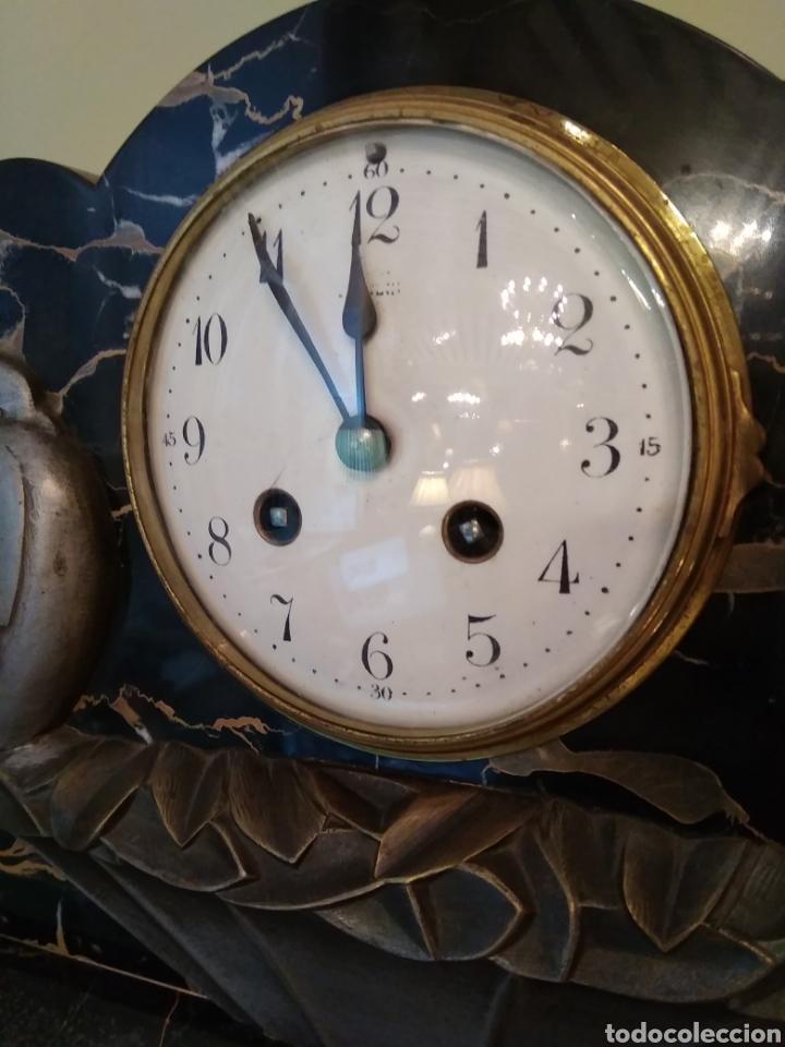 Relojes de carga manual: Reloj art decó con guarnición de granito y metal - Foto 15 - 148536497