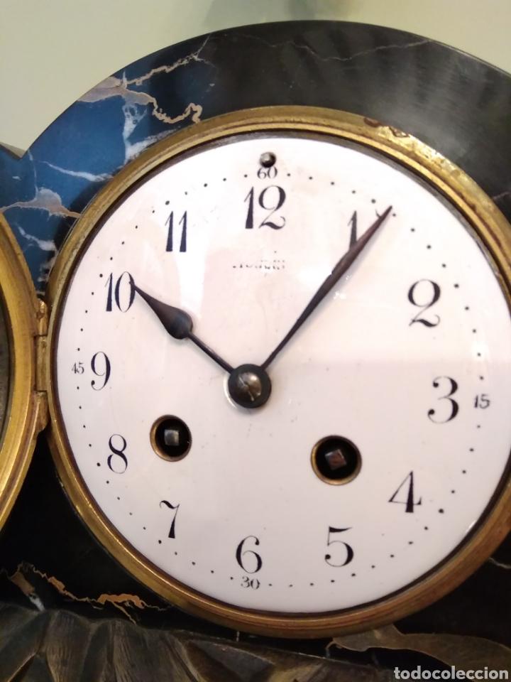 Relojes de carga manual: Reloj art decó con guarnición de granito y metal - Foto 8 - 148536497