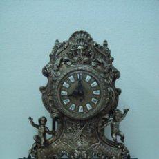 Relojes de carga manual: RELOJ DE METAL BASE DE MARMOL. Lote 149397422