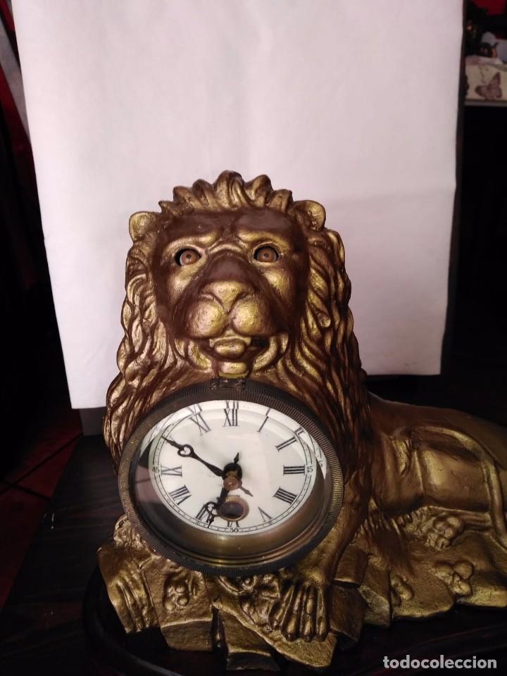 RELOJ AUTOMATA AMERICANO BRADLEY & HUBBARD (LEON) (Relojes - Sobremesa Carga Manual)