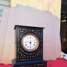 Relojes de carga manual: IMPRESIONANTE RELOJ MOREZ DE SOBREMESA INCRUSTACIONES DE NÁCAR SIGLO XIX. Lote 152591676
