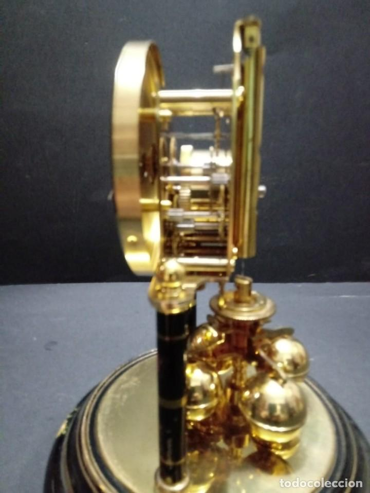 Relojes de carga manual: Antiguo reloj de sobremesa a cuerda - Foto 5 - 151640254