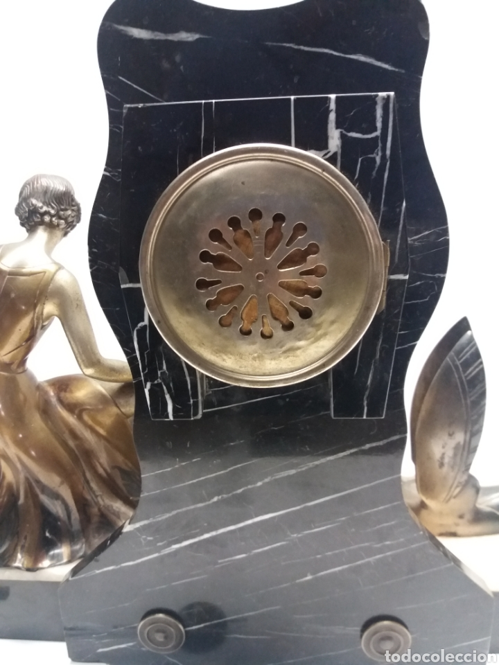 Relojes de carga manual: Reloj con figura de bronce art deco - Foto 10 - 152397136