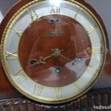 Relojes de carga manual: IMPONENTE GRAN RELOJ DE CHIMENEA O SOBREMESA ROYAL WESTMINSTER . Lote 152899182