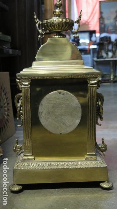 Relojes de carga manual: GRAN RELOJ DE BRONCE DORADO - Foto 7 - 125167851