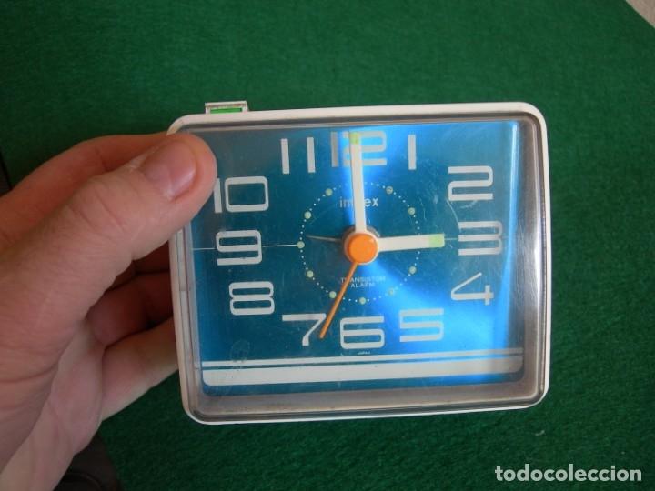 RELOJ CON ALARMA (Relojes - Sobremesa Carga Manual)