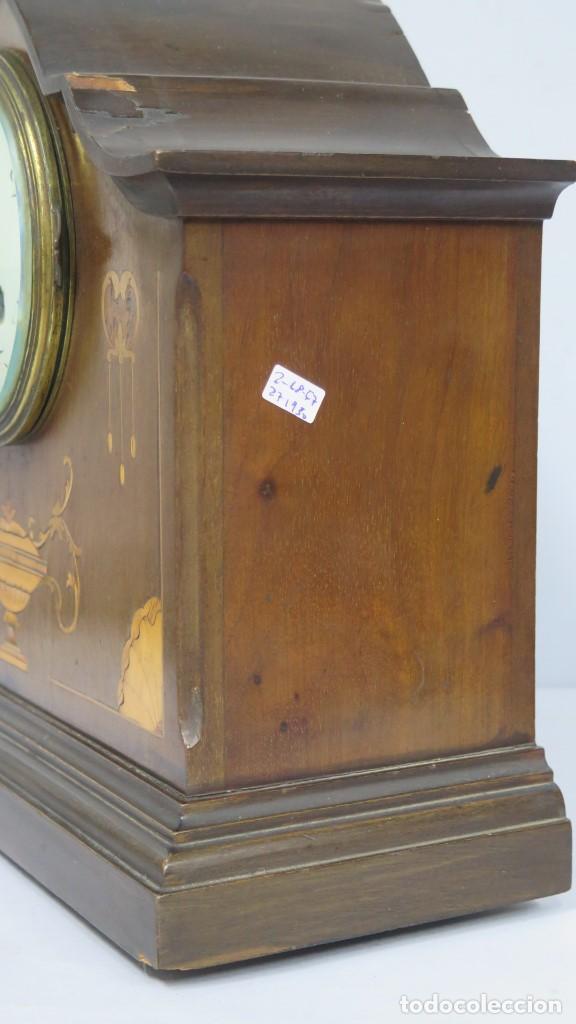 Relojes de carga manual: ANTIGUO RELOJ INGLES DE SOBREMESA DE MADERA CON MARQUETERIA - Foto 6 - 155922146