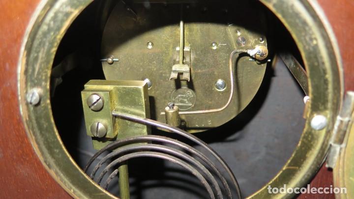 Relojes de carga manual: ANTIGUO RELOJ INGLES DE SOBREMESA DE MADERA CON MARQUETERIA - Foto 9 - 155922146