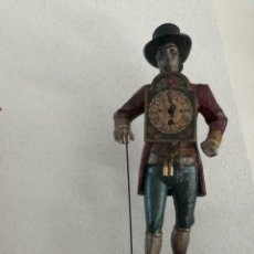 Relojes de carga manual: ANTIGUO RELOJ FIGURA EN HIERRO COLADO VENDEDOR DE RELOJES SELVA NEGRA. Lote 156005362