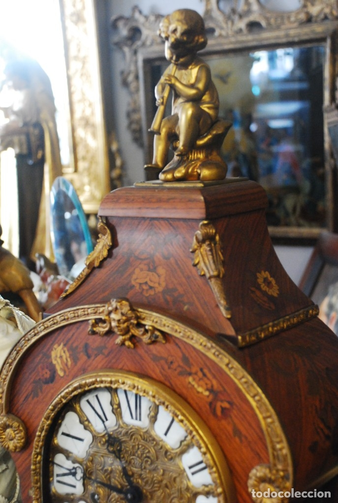 Relojes de carga manual: MUY BONITO RELOJ DE SOBREMESA DE CARGA MANUAL CON MARQUETERÍA Y BRONCE - Foto 3 - 156047210