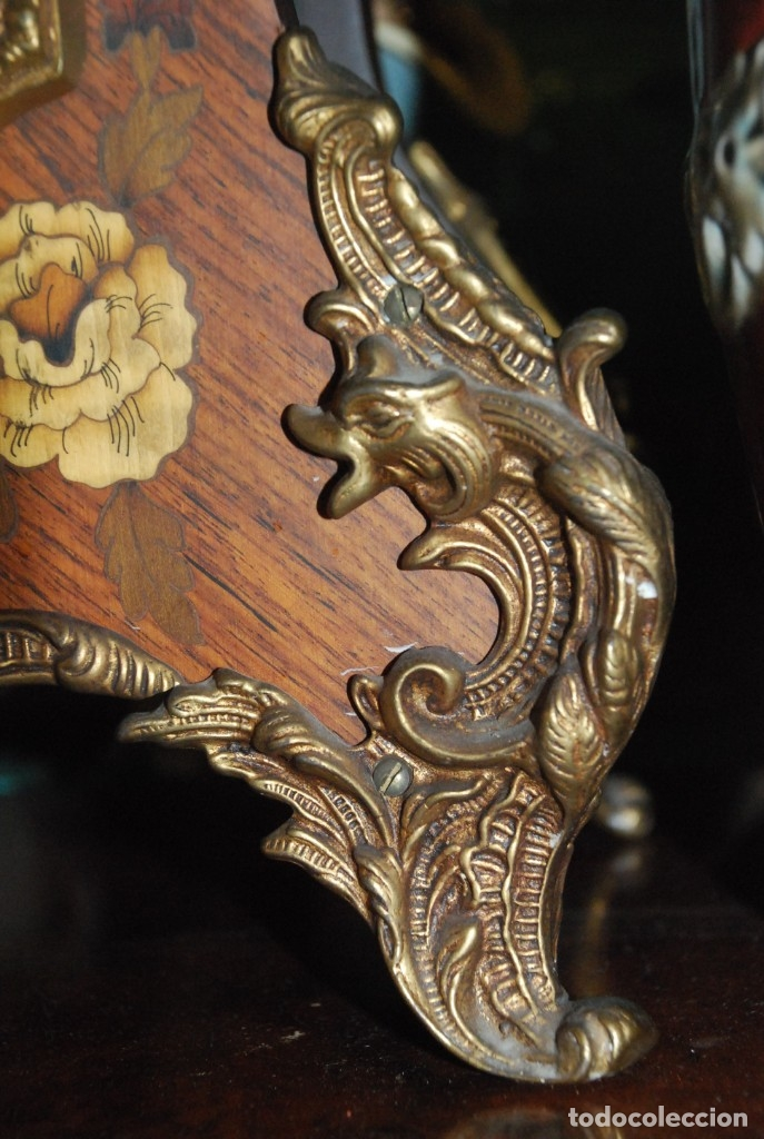 Relojes de carga manual: MUY BONITO RELOJ DE SOBREMESA DE CARGA MANUAL CON MARQUETERÍA Y BRONCE - Foto 19 - 156047210