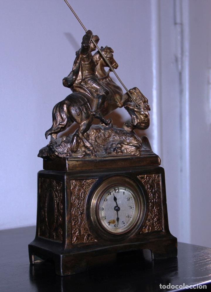 Relojes de carga manual: ANTIGUO RELOJ SANT JORDI Y EL DRAGON - Foto 2 - 156536490