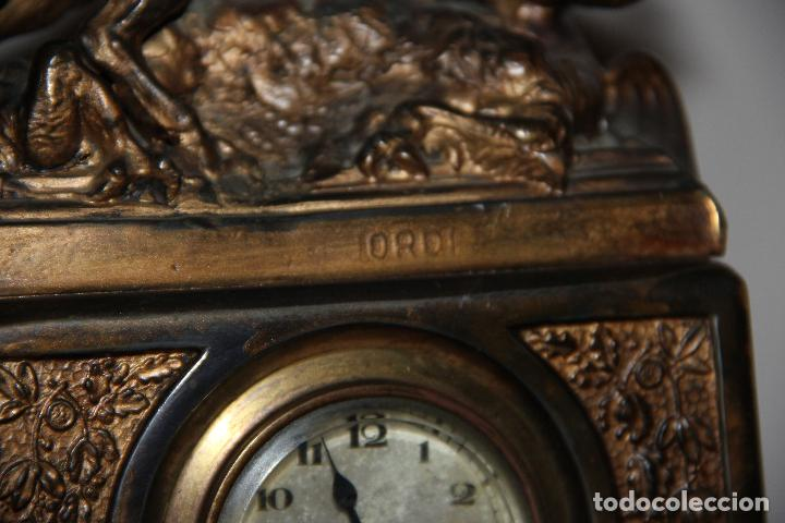 Relojes de carga manual: ANTIGUO RELOJ SANT JORDI Y EL DRAGON - Foto 12 - 156536490
