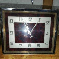 Orologi di carica manuale: RELOJ SOBREMESA, DE CARGA MANUAL. SIN FUNCIONAR. APOYO TRASERO. FORMA RECTANGULAR.. Lote 157231157