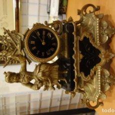 Relojes de carga manual: RELOJ DE CALAMINA DORADA AL MERCURIO CON MAQUINARIA A CUERDA DEL SIGLO XIX. Lote 158429186