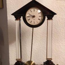 Relojes de carga manual: RELOJ DE SOBREMESA CON PENDULO. Lote 159147769