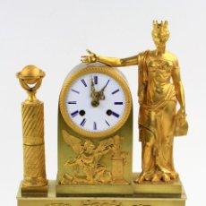 Relojes de carga manual: RELOJ DE SOBREMESA IMPERIO EN BRONCE DORADO, PRIMER TERCIO DEL SIGLO XIX. VER FOTOS. 36X24X8 CM. Lote 159343494