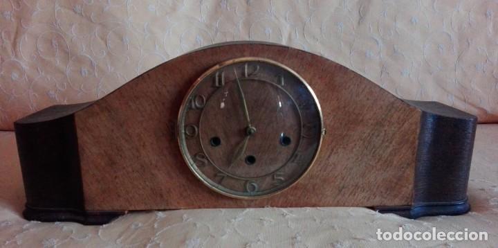 RELOJ DE SOBREMESA MELODIA WESTMINSTER GRANDE ,TOCA TAMBIÉN LOS CUARTOS. (Relojes - Sobremesa Carga Manual)