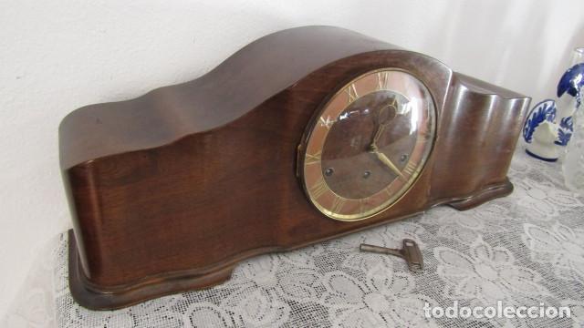 Relojes de carga manual: Reloj antiguo aleman de chimenea mesa sobremesa soneria campanadas melodía catedral Bib Ben carillón - Foto 3 - 159971446