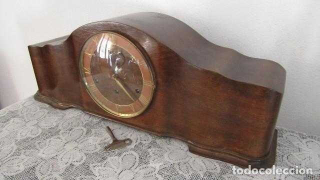 Relojes de carga manual: Reloj antiguo aleman de chimenea mesa sobremesa soneria campanadas melodía catedral Bib Ben carillón - Foto 4 - 159971446