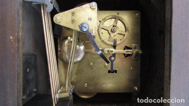 Relojes de carga manual: Reloj antiguo aleman de chimenea mesa sobremesa soneria campanadas melodía catedral Bib Ben carillón - Foto 8 - 159971446