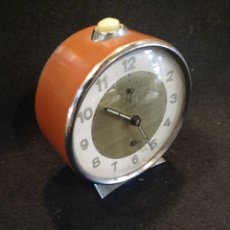 Relojes de carga manual: RELOJ DESPERTADOR TITÁN. FUNCIONA. Lote 160000708