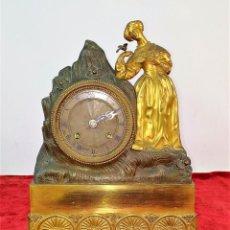 Relojes de carga manual: RELOJ. BRONCE OR MOULU. MECANISMO PARIS (?). ESTILO NAPOLEÓN III. FRANCIA. SIGLO XIX. Lote 161646762
