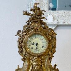 Relojes de carga manual: RELOJ DE BRONCE ANTIGUO. Lote 163951838