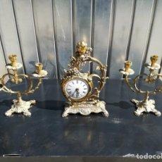 Relojes de carga manual: LOTE SET RELOJ DE MESA CANDELABROS EN BRONCE ANGELOTE. Lote 165834086