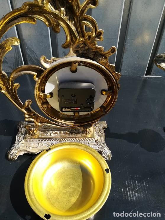 Relojes de carga manual: lote set reloj de mesa candelabros en bronce angelote - Foto 2 - 165834086