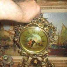 Relojes de carga manual: ANTIGUO RELOJ GRANDE SOBREMESA BRONCE Y MARMOL MARCA LAFUENTE A CUERDA 80 X 38 X 18. Lote 165836354