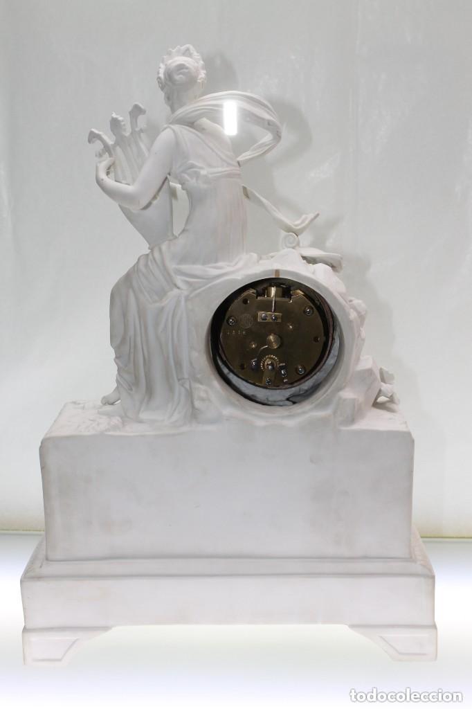 Relojes de carga manual: RELOJ DE SOBREMESA DE BISCUIT FRANCÉS S.XIX - Foto 2 - 166063042