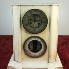 Relojes de carga manual: RELOJ DE REPISA EN MÁRMOL BLANCO DE CHIMENEA. PERT BALLY. SIGLO XIX. PARÍS. Lote 166916340