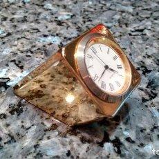 Relojes de carga manual: RELOJ SOBREMESA LATÓN MACIZO. Lote 167501436