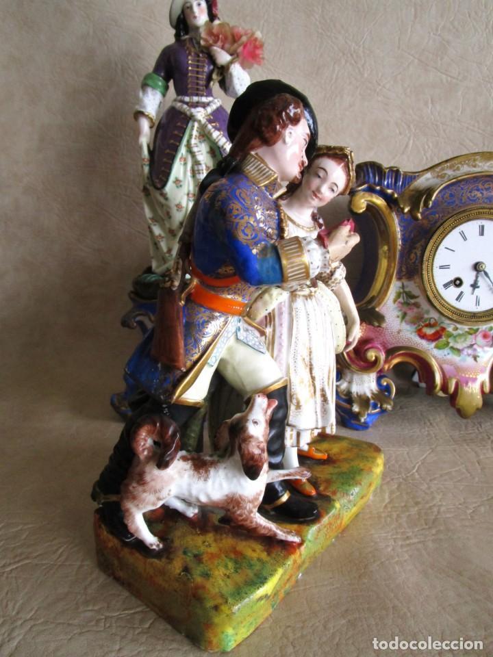 Relojes de carga manual: Antiguo reloj sobremesa Paris porcelana Le Grand Aine pendulo hilo siglo XIX - Foto 5 - 168112872