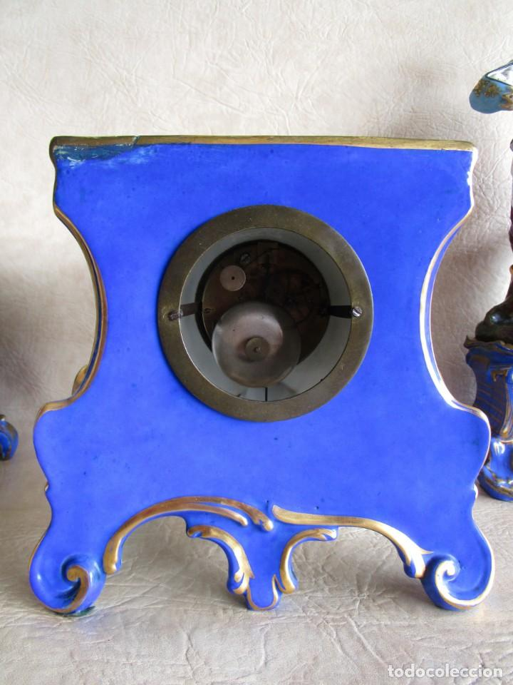 Relojes de carga manual: Antiguo reloj sobremesa Paris porcelana Le Grand Aine pendulo hilo siglo XIX - Foto 7 - 168112872