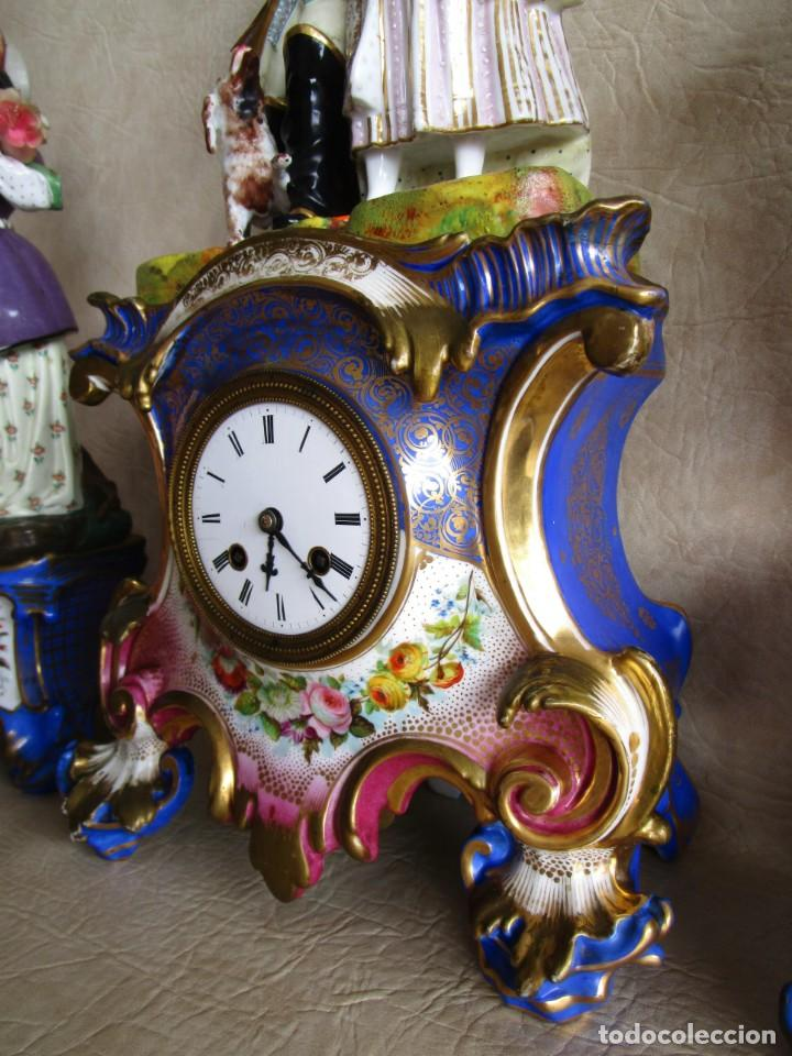 Relojes de carga manual: Antiguo reloj sobremesa Paris porcelana Le Grand Aine pendulo hilo siglo XIX - Foto 10 - 168112872