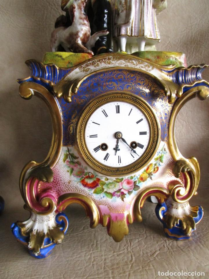 Relojes de carga manual: Antiguo reloj sobremesa Paris porcelana Le Grand Aine pendulo hilo siglo XIX - Foto 14 - 168112872