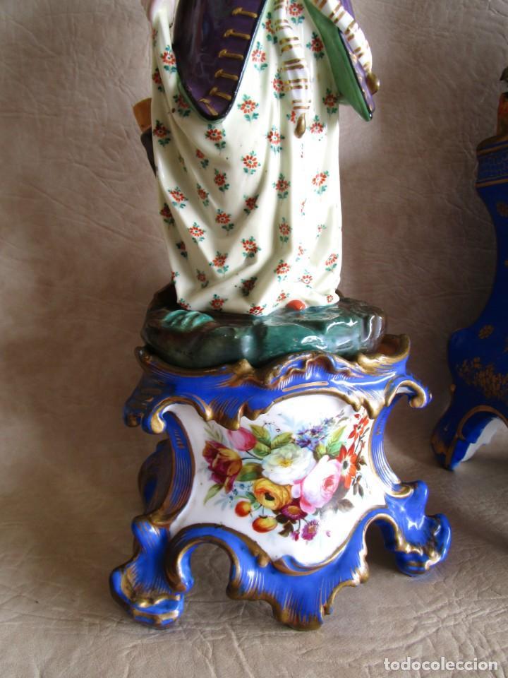 Relojes de carga manual: Antiguo reloj sobremesa Paris porcelana Le Grand Aine pendulo hilo siglo XIX - Foto 19 - 168112872