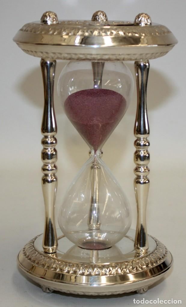 Relojes de carga manual: RELOJ DE ARENA EN ALPACA Y VIDRIO SOPLADO. MEDIADOS SIGLO XX - Foto 2 - 170078056