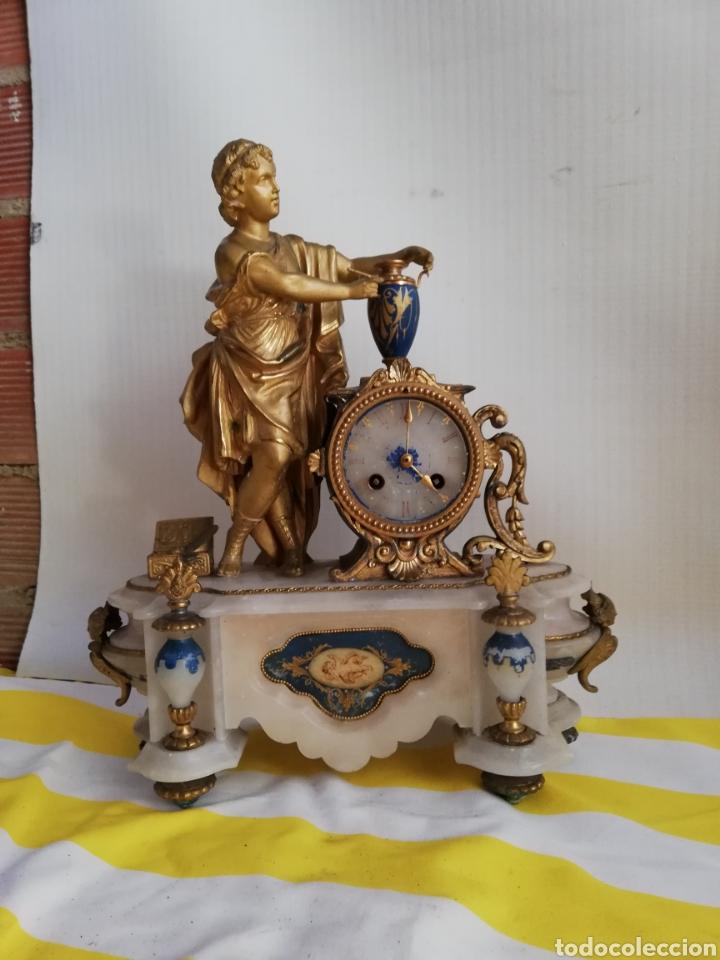 ESPECTACULAR RELOJ FRANCÉS PATINA DE BRONCE AL MERCURIO ORO FINO Y MÁRMOL SIGLO XIX (Relojes - Sobremesa Carga Manual)