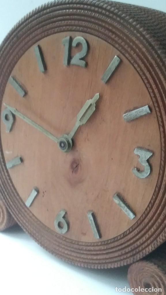 RELOJ MADERA SOBREMESA (Relojes - Sobremesa Carga Manual)